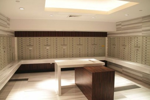 rearloadmailroom